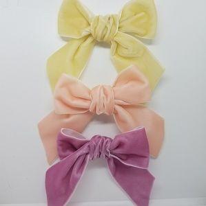 New handmade velvet neutral pink hair bow